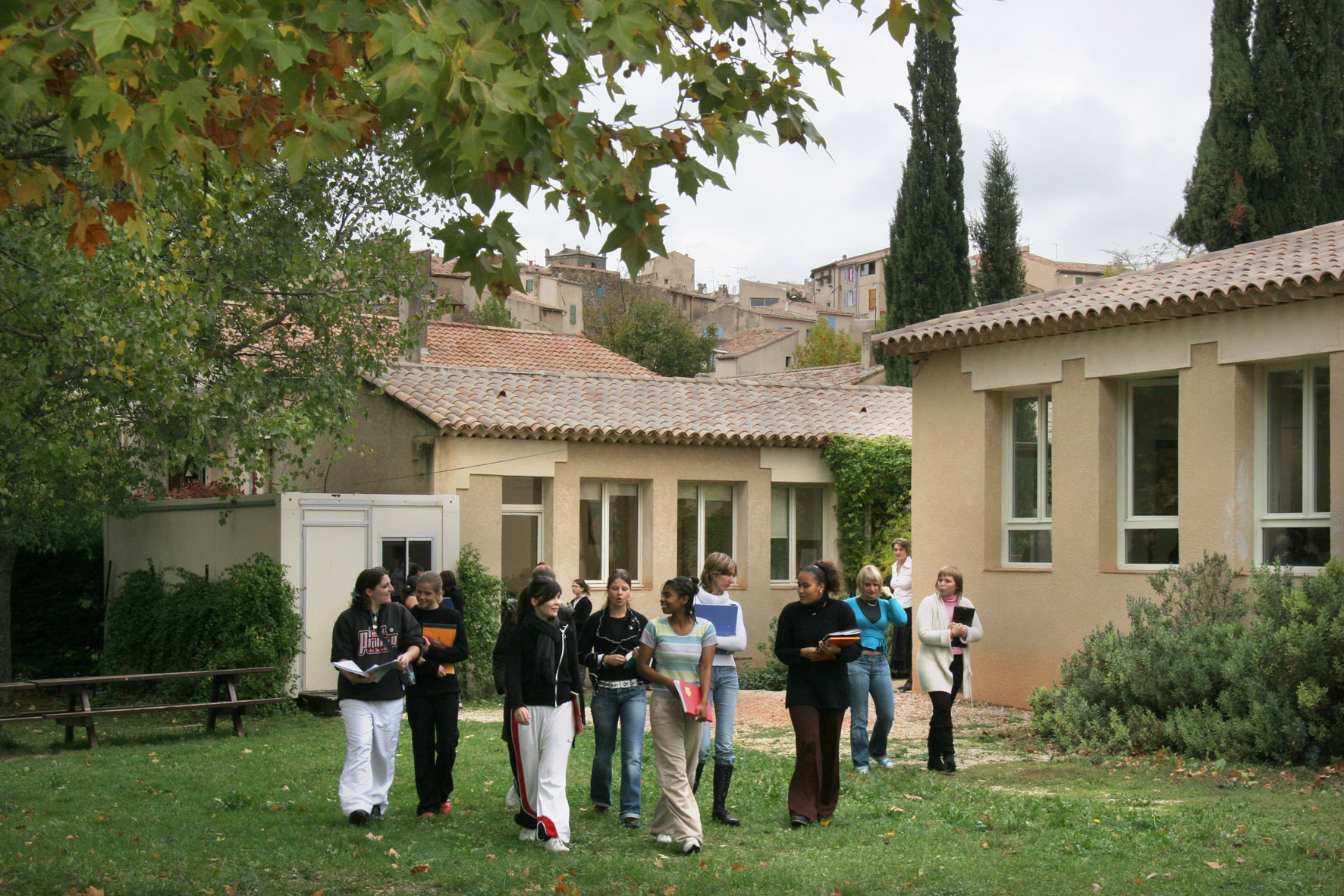 La mfr maison familiale rurale de la tour d 39 aigues for Construction de maison rurale